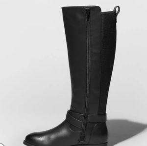 """NWT """"Wendy"""" Riding Style Boots size 8"""